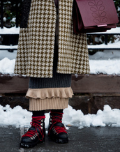 shoes,tumblr,nyfw 2017,fashion week 2017,fashion week,streetstyle,black boots,winter outfits,winter boots,flat boots,skirt,knitwear,knitted skirt,maxi knitted skirt,coat,printed coat,bag