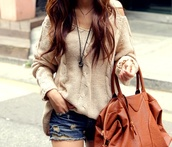 sweater,beige sweater,bag,brown,slouchy sweater,slouchy,shorts,shirt,clothes,oversized sweater,winter sweater,coat,creamy,long sleeves,fall outfits,fall sweater,sweet,beige,coozy,lovely,soft,fashion,beige loose sweater,blouse,forever 21,hollister,girly,knitted cardigan,pretty,creamcolor,knitted sweater