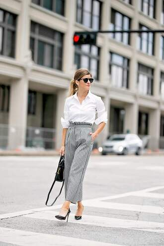 brighton the day blog | dallas fashion blog blogger pants shirt sunglasses shoes white shirt pumps handbag gingham