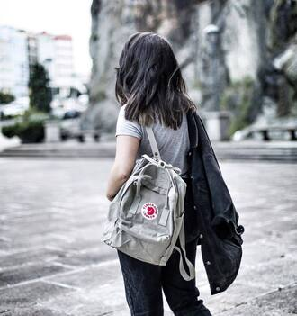 bag tumblr backpack t-shirt grey t-shirt jacket black jacket jeans black jeans back to school