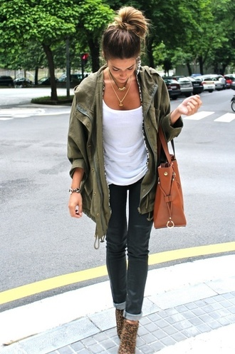 jacket military style hipster tumblr fall outfits jeans shoes t-shirt olive green anorak anorak jacket stylish anorak