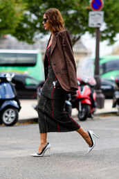 dress,fashion week street style,fashion week 2016,fashion week,paris fashion week 2016,midi dress,grey dress,bodycon dress,blazer,pumps,pointed toe pumps,high heel pumps,white pumps,white shoes,high heels,streetstyle,fall outfits,sunglasses