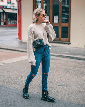 sweater tumblr nude sweater knit knitwear denim jeans blue jeans ripped jeans boots black boots ankle boots sunglasses bag crossbody bag