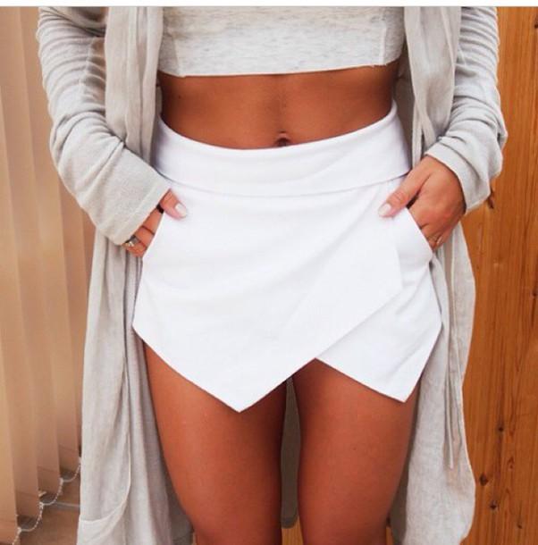 skirt gorgeous white skorts shirt cardigan shorts clothes classy stylish style lovely piece white skirt origami skorts blouse white skort www.ebonylace.net ebonylacefashion shop style mini skirt