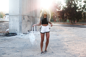 angelica blick blogger slide shoes black and white shorts white bag black crop top