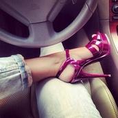 shoes,violett high heels