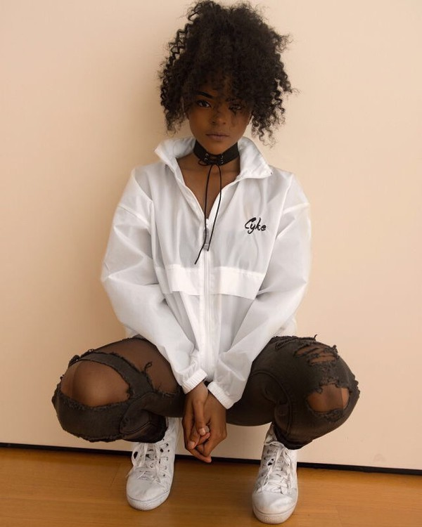 jacket windbreaker pullover white choker necklace ripped pants pants converse curly hair natural hair african american style black girls killin it hanna lashay cute