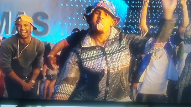 jacket chris brown grey fashion menswear chris brown music video