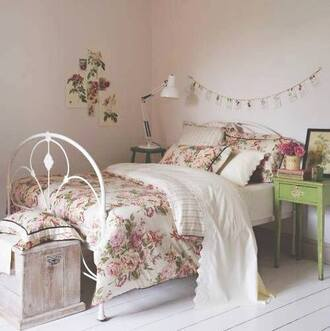 bedroom bedding duvet bed in a bag cute lovely vintage hipster indie floral flowers comfy fantastic artsy romantic rose print comforter sweater tank top coat