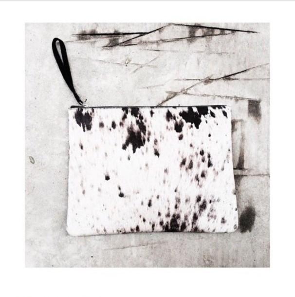 bag print black and white clutch