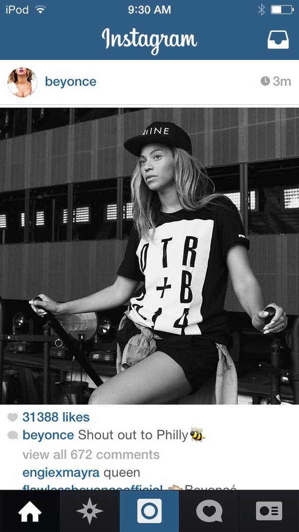 black shirt beyonce black hat