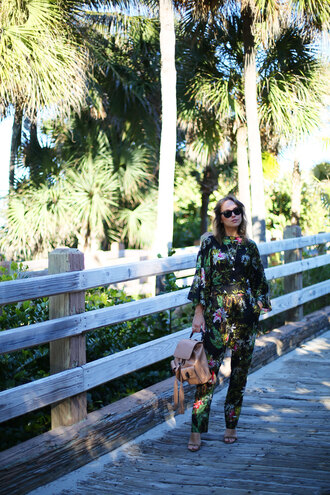 the glamourai blogger jumpsuit floral