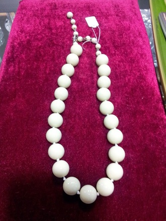 jewels pearl necklaces pure color accessories vintage leggings make-up