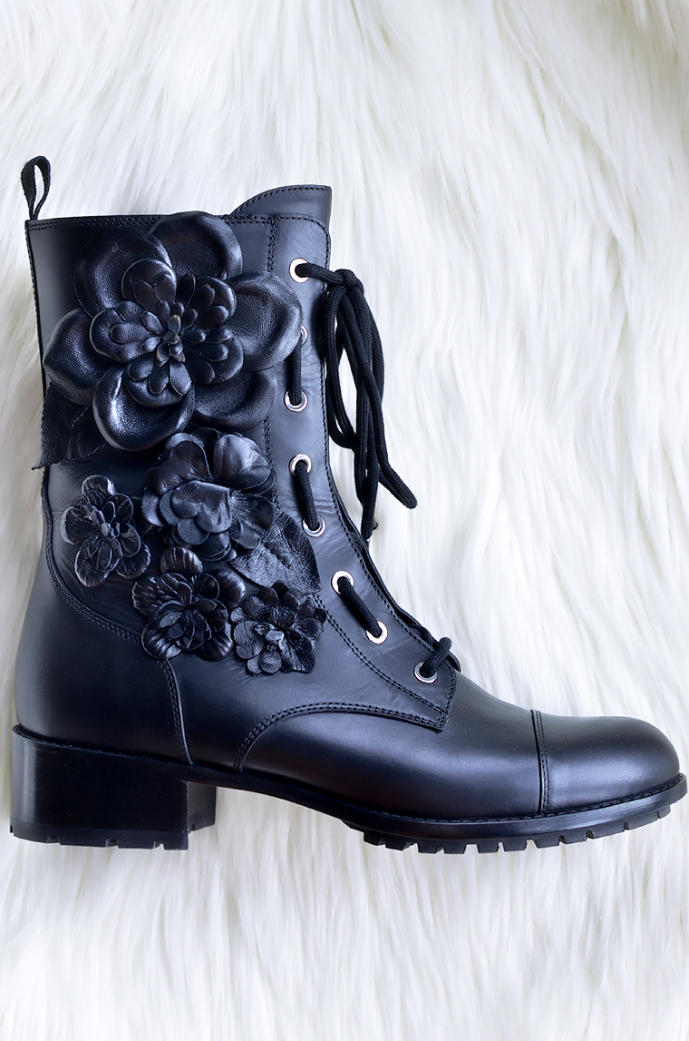 Oh My Vogue: New in: Valentino combat boots