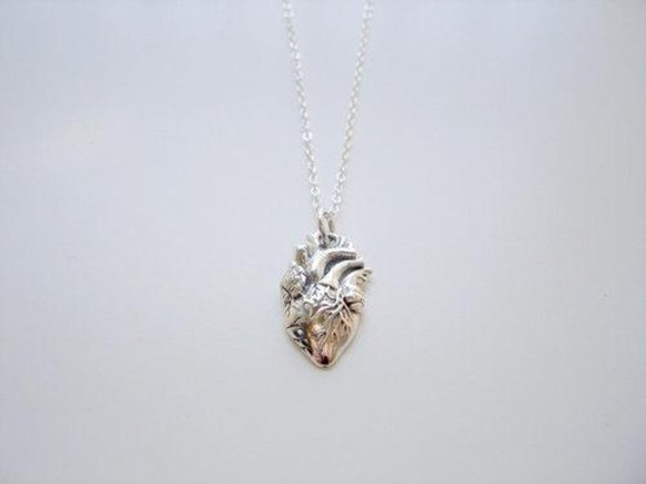 jewels necklace jewel silver jewelry heart heart necklace simple jewelry simple silver jewelry silver necklace