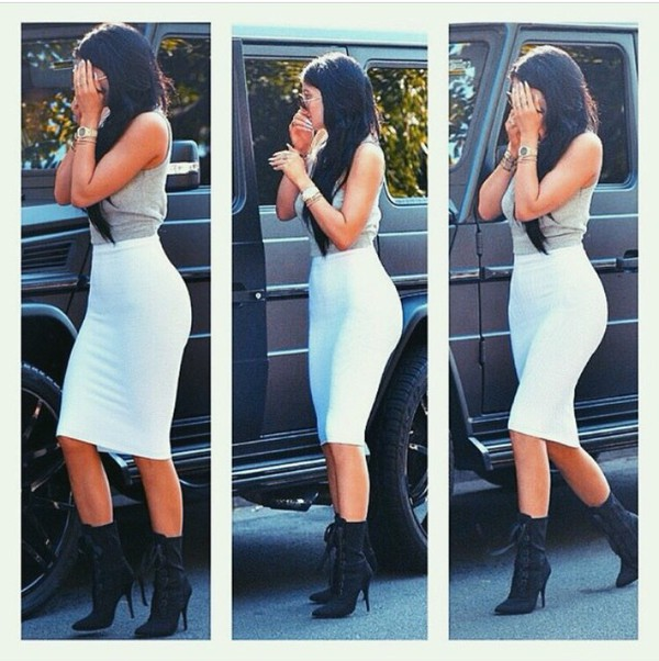 skirt kylie jenner midi skirt top shirt crop tops white skirt crop boots pencil skirt white crop tops grey sweater kyle jenner white skirtt white long skirt shoes kylie jenner white skirt kylie jenner skirt kylie jenner jewelry kylie jenner dress style celebrity fashion summer instagram
