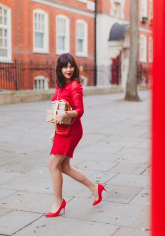 wish wish wish blogger red heels red dress red bag mulberry