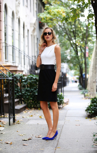skirt white sleeveless top black pencil skirt sunglasses blogger blue stilettos