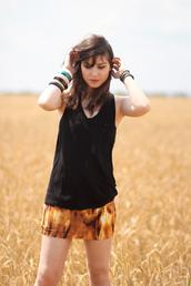 betty,bodycon,orange skirt,black skirt,skirt
