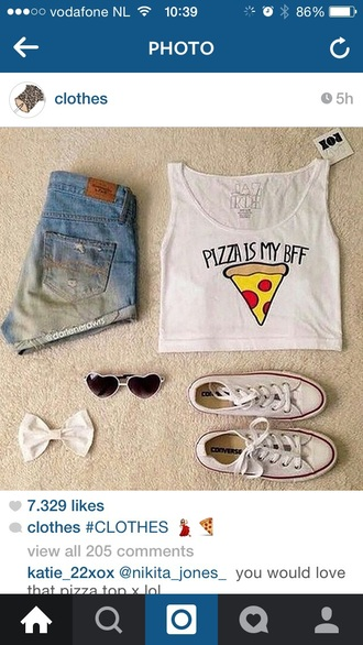 shirt pizza crop tops white t-shirt shorts converse
