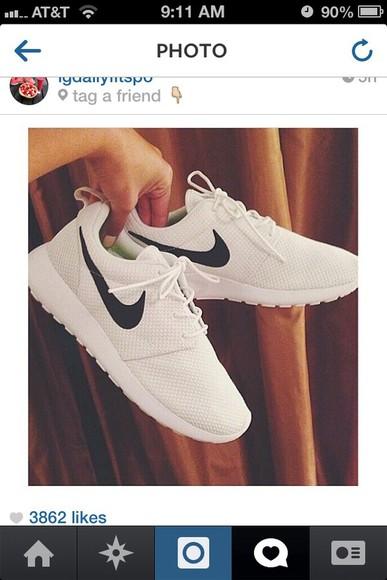 black grey white nike nike roshe run running shoes