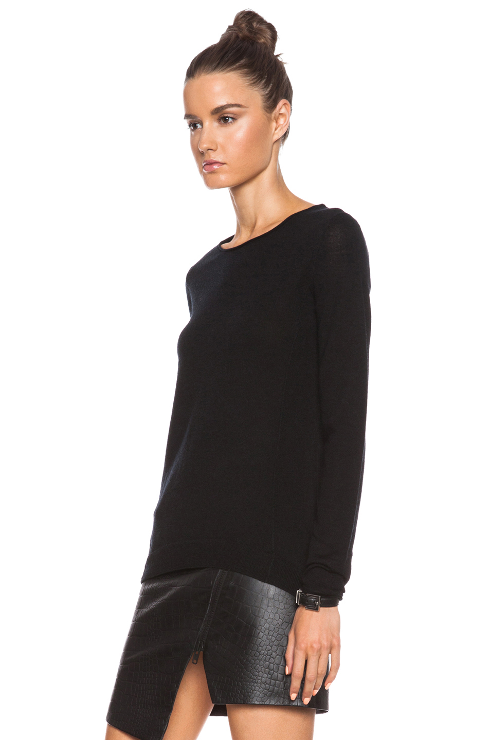 Merino crew sweater in black