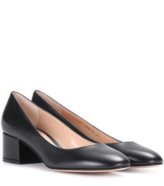 Gianvito Rossi pumps leather black shoes