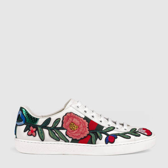gucci ace embroidered low top sneaker. Black Bedroom Furniture Sets. Home Design Ideas