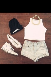 shirt,beanie,crop tops,good vibes,gold necklace,chuck taylor all stars,hat,shorts