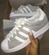 shoes,adidas superstars,low top sneakers,silver sneakers,glitter shoes,adidas
