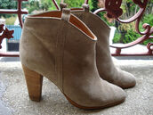 boots,isabel marant,beige shoes,shoes,low boots,ankle boots,talon