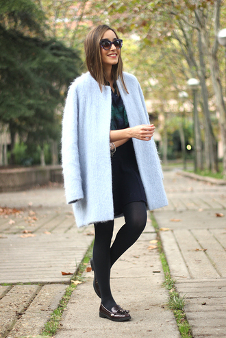besugarandspice blogger tights jewels sunglasses fluffy blue pastel cat eye