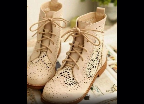 boots low boots beige laced boots