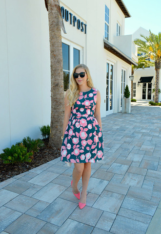 lauren conrad blogger dress shoes jewels floral dress pink dress blue dress mini dress pink shoes wedding guest