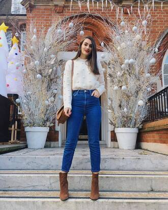 sweater tumblr white sweater knit knitwear knitted sweater denim jeans blue jeans cropped jeans boots brown boots ankle boots