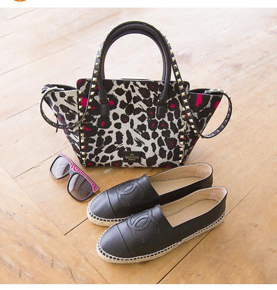 bag valentino chanel shoes chanel sunglasses