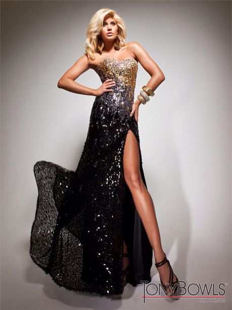 Prom dress black and gold mustang