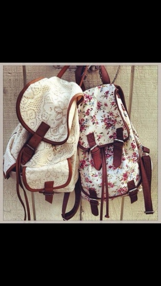bag white backpack vintage floral hipster light rosa so awesome great austria loveit cute two-piece awkward white bag flower bag
