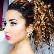 jewels,jadah doll,earrings,statement earrings,party make up,eye makeup,hairstyles,curly hair