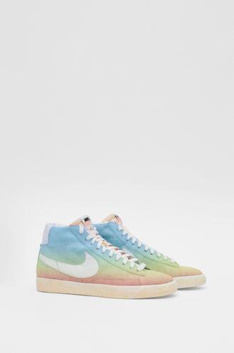 shoes basket pastel nike nike sneakers sneakers nike shoes nike blazer nike blazer mid tie dye gorgeous swag jewels