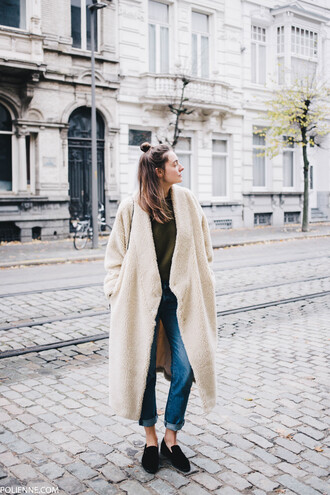 coat tumblr teddy bear coat white coat fluffy fuzzy coat white fluffy coat jeans denim blue jeans sweater green sweater shoes black shoes loafers