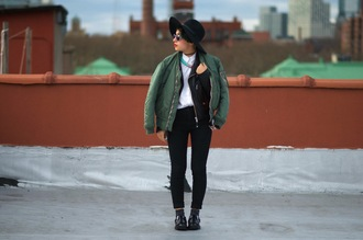 let's get flashy blogger shoes shirt jeans socks bag jacket jewels hat