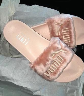 shoes rihanna puma fenty fluffy slides peach fuzz cc: zendaya $$$$ i want them so much collection navyrideordie fenty x puma
