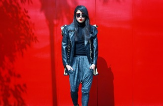chic muse blogger jacket pants shoes sunglasses
