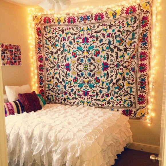 wall sunglasses bed scarf tapestry bohemian bedroom