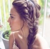 dress,braid,hair,tutorial,french braid,prom beauty,hat,hair accessory,2 tresses en 1,tresse normal debut,puis tresse ?pis de bl?,tank top