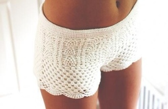 white summer outfits shorts white shorts crochet crochet shorts short shorts