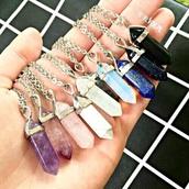 jewels,rainbow,fashion,necklace,jewelry,quartz,crystal quartz,crystal quartz necklace,boho,boho chic,boho jewelry,bohemian,opal