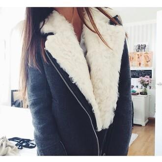 coat grey coat black coat fourrure col fourrure fur coat no hood manteaux