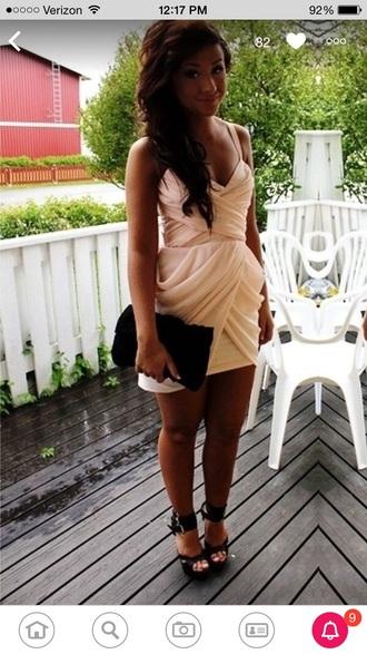 dress rouche cream flowy